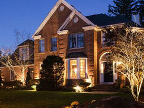 Residential house with custom exterior lighting from Pro Lighting Outdoors