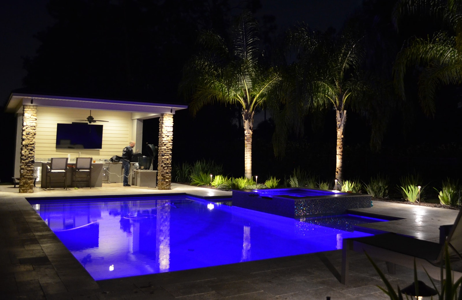 Outdoor kitchen lighting in Jacksonville, FL