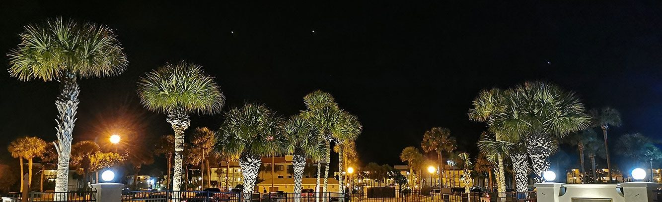 Security outdoor lighitng at a commercial complex in Jacksonville, FL.